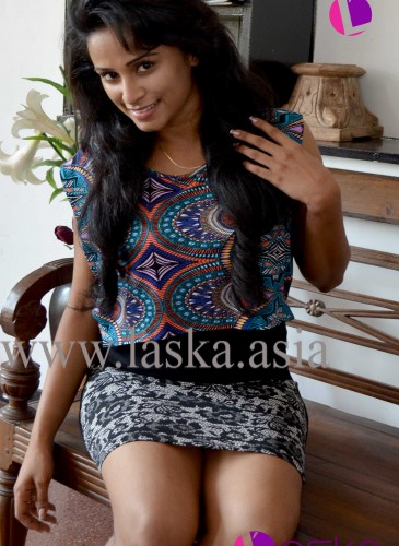 beautifull-sri-lankan-models-girls-ayesha