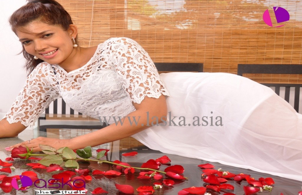 iro-sri-lanka-model-actress