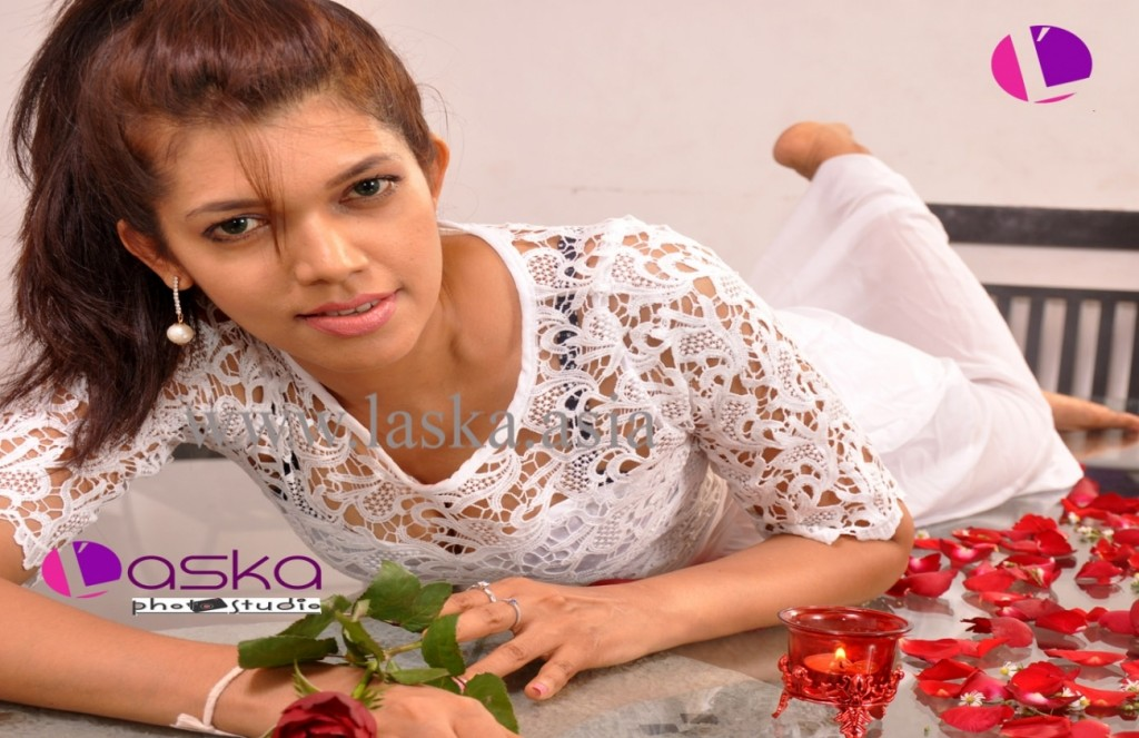 iroshini-lankathileke-sri-lankan-model