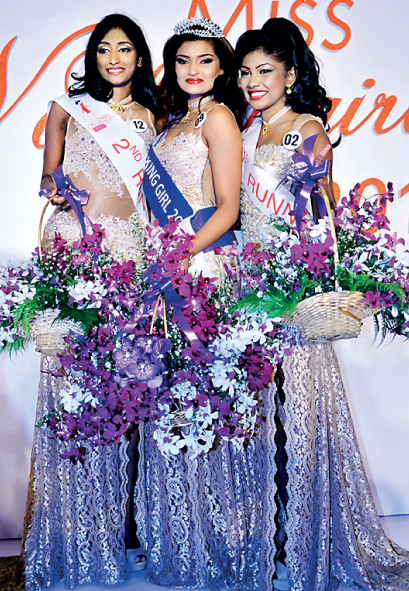 Miss Working Girl Gorgeous Stephanie wins Miss Tourism !