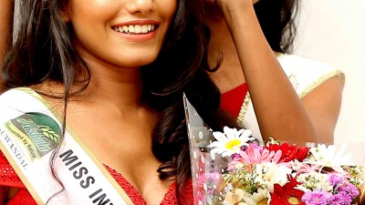 Miss August – Winner – Miss Dinithi