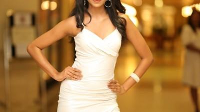 Anjuni -AKSHATA Suwandel Miss Intercontinental Sri Lanka –  Finalist