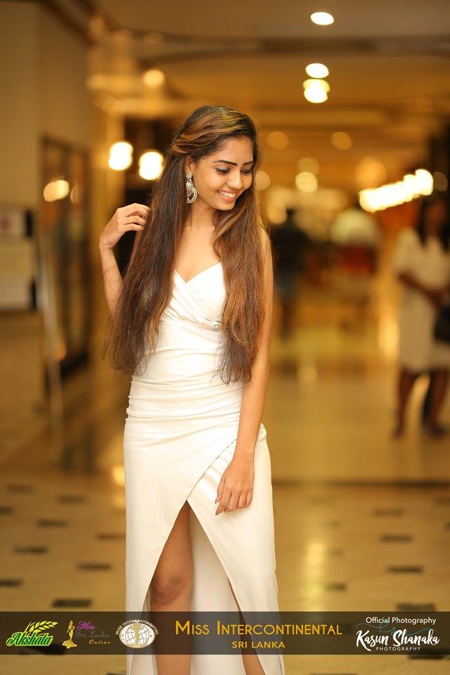 akshata-suwandel-rice-sponsor-miss galadari queen (10)