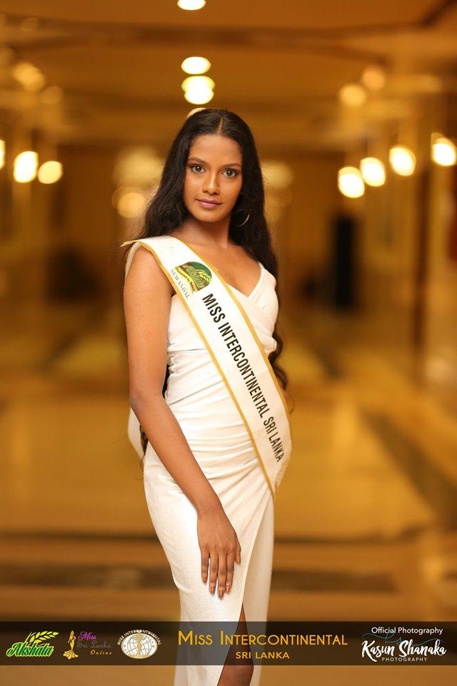 akshata-suwandel-rice-sponsor-miss galadari queen (77)